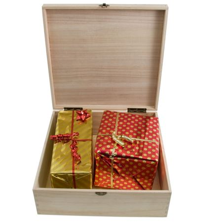 Picture of Personalised Christmas Eve Box - Traditional